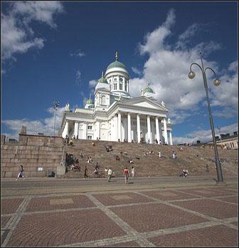 Helsingin tuomiokirkko ja Senaatintori Helsinki