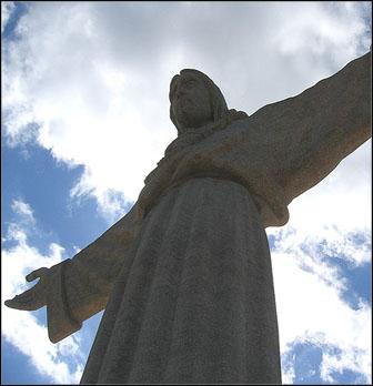 Cristo Rei -patsas ja Ponte 25 de Abril