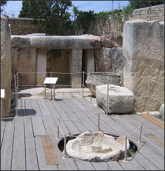 tarxien megalithic temple malta